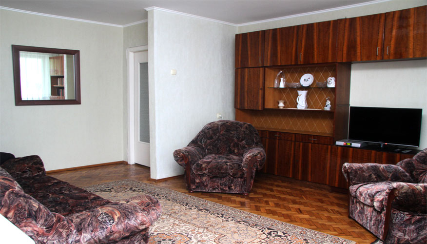 Apartment for rent in Riscani district: 3 rooms, 2 bedrooms, 63 m²