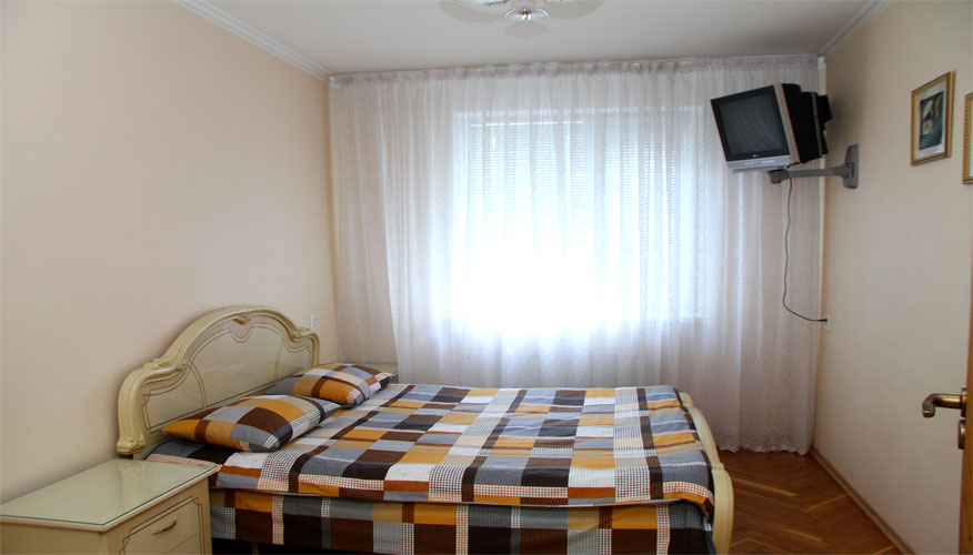 4RoomsAPTRENTinChisinau1 (4).jpg