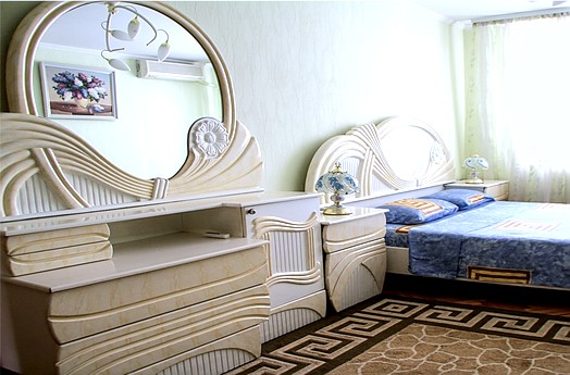 Rent apartment in Chisinau: 3 rooms, 2 bedrooms, 78 m²