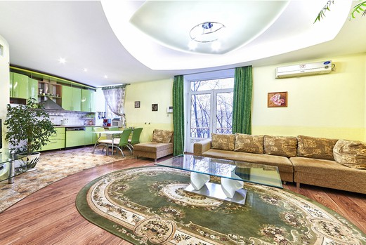 Luxury Chisinau accommodation: 3 rooms, 2 bedrooms, 70 m²