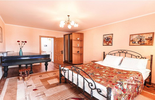 Rent Chisinau apartment with jacuzzi and piano: 3 rooms, 2 bedrooms, 60 m²