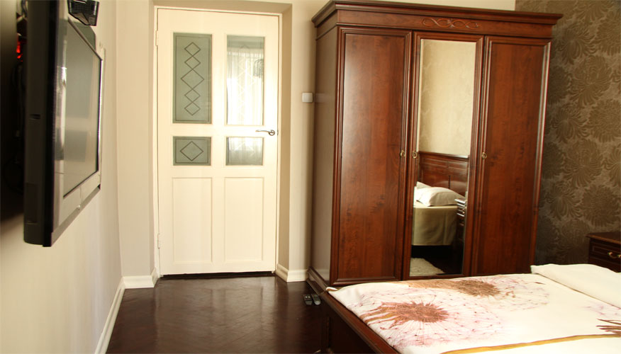 Furnished Centre Apartment is a 2 rooms apartment for rent in Chisinau, Moldova