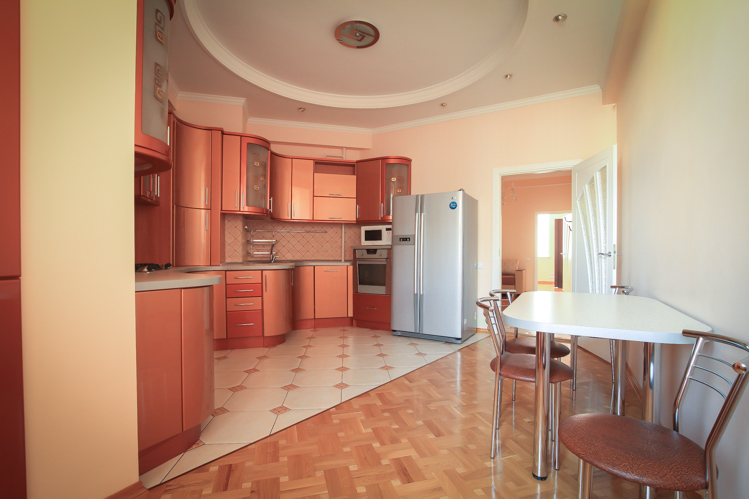 Perfect-rent-in-Chisinau-for-long-term-in-Chisinau-city-center (11 of 1).JPG