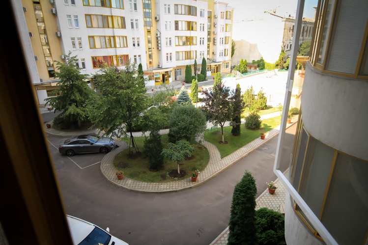 Perfect-rent-in-Chisinau-for-long-term-in-Chisinau-city-center (14 of 1).JPG