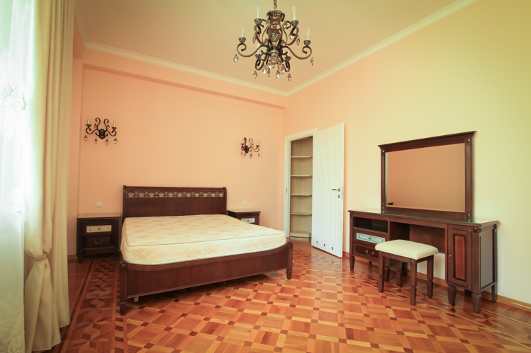 Perfect-rent-in-Chisinau-for-long-term-in-Chisinau-city-center (4 of 1).JPG
