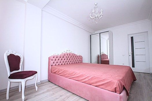Rent apartment in Botanica, Chisinau: 3 rooms, 3 bedrooms, 98 m²