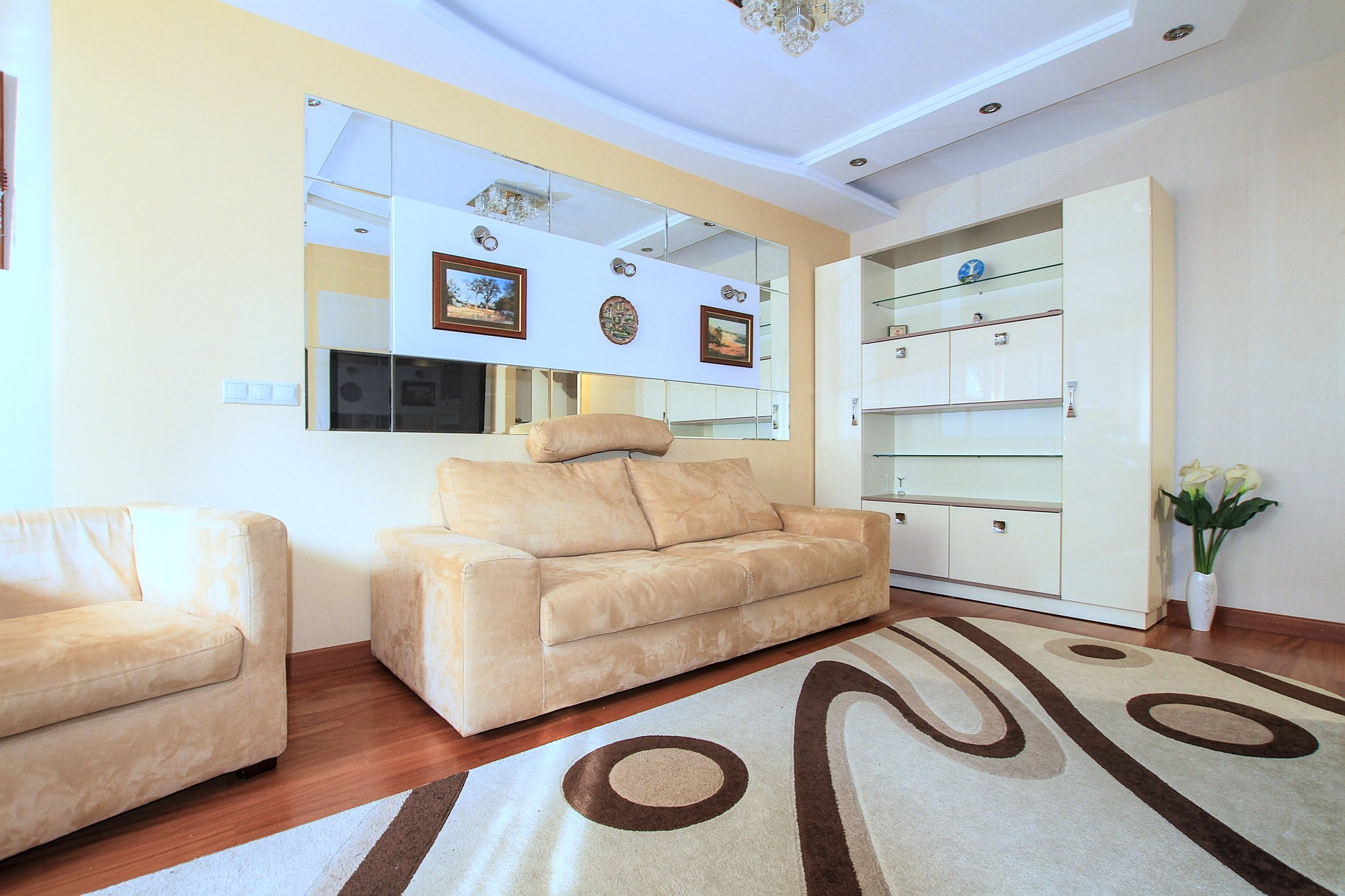 A-40-3-room-apartment-for-rent-in-Chisinau-Botanica_01.jpg