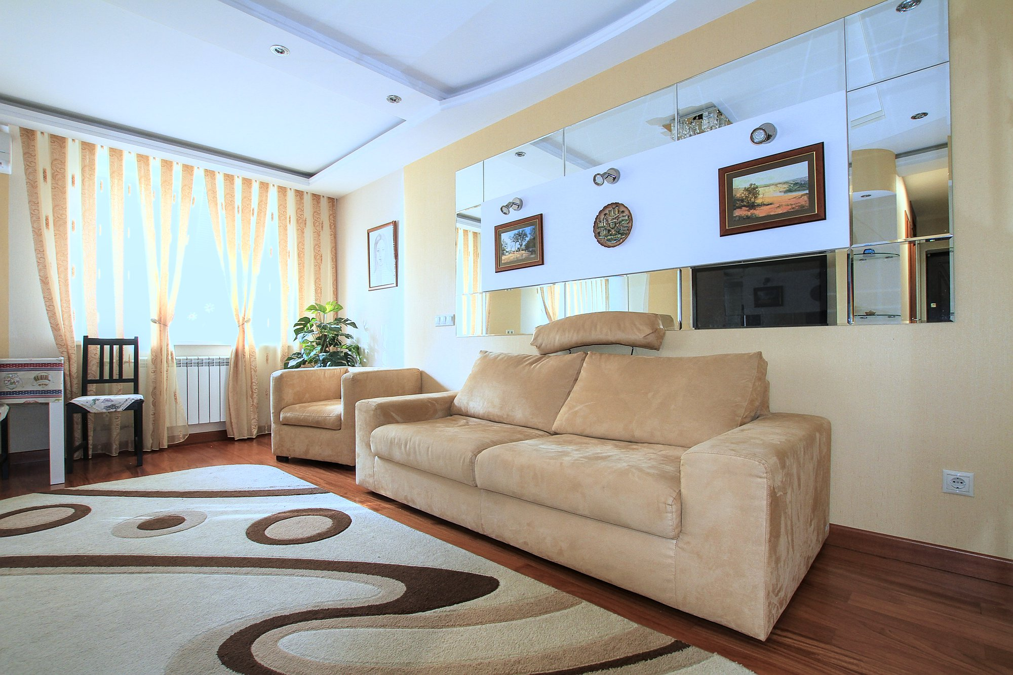 A-40-3-room-apartment-for-rent-in-Chisinau-Botanica_03.jpg