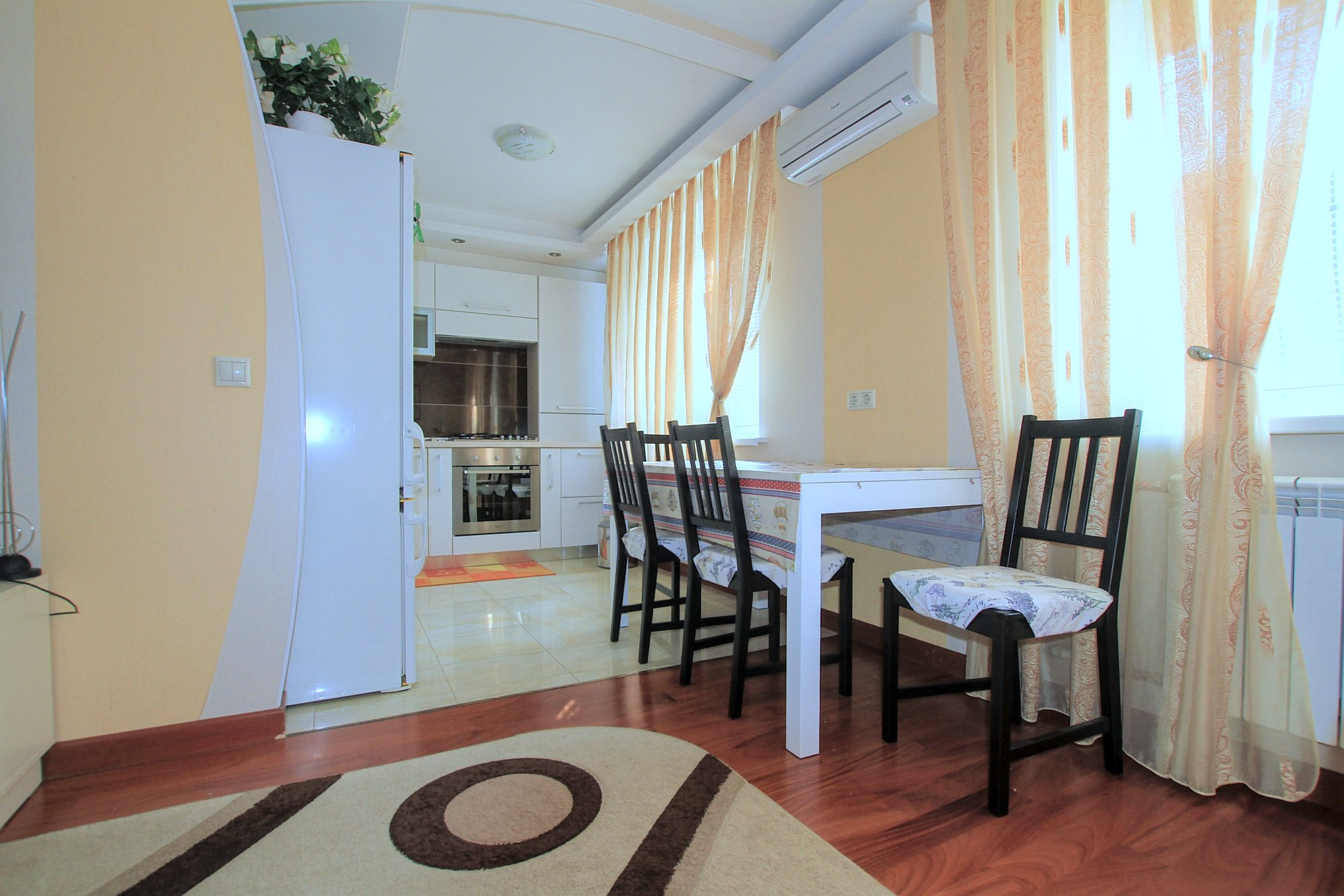 A-40-3-room-apartment-for-rent-in-Chisinau-Botanica_04.jpg