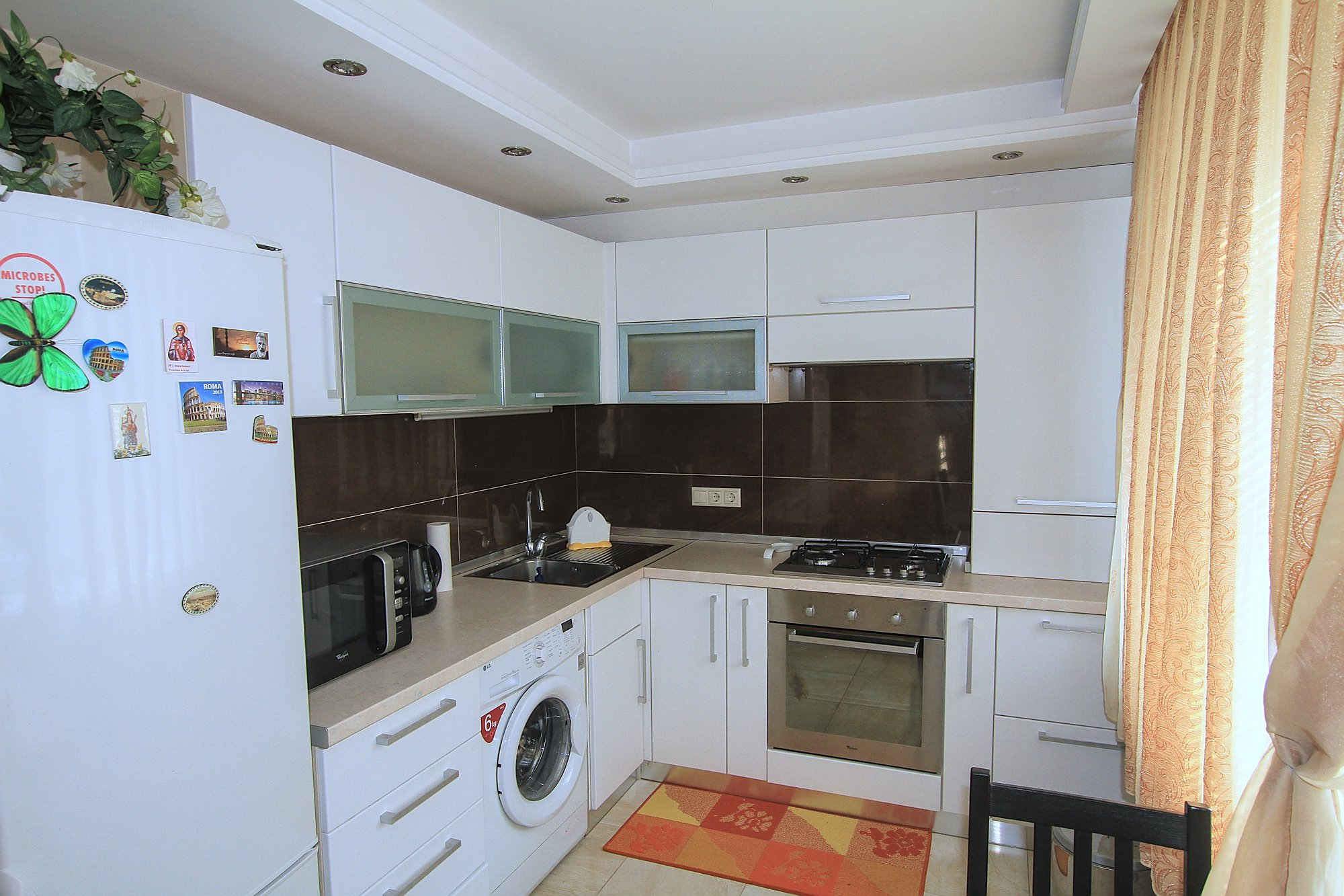 A-40-3-room-apartment-for-rent-in-Chisinau-Botanica_05.jpg