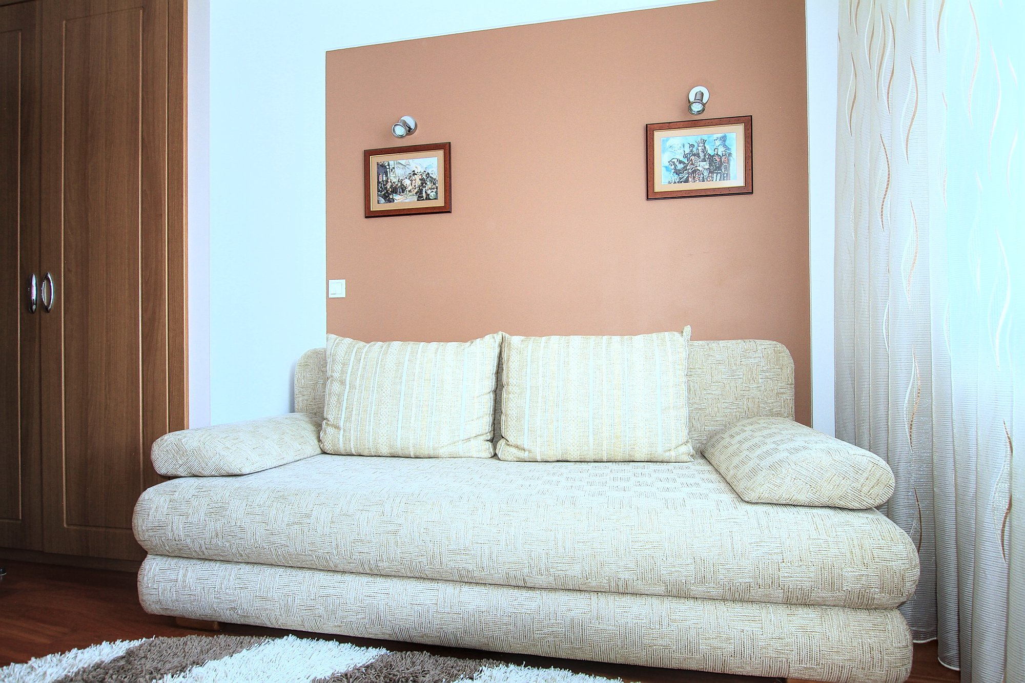 A-40-3-room-apartment-for-rent-in-Chisinau-Botanica_12.jpg