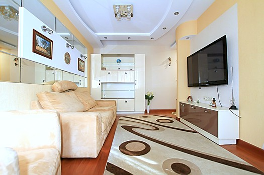 Rent apartment in Chisinau: 3 rooms, 2 bedrooms, 70 m²