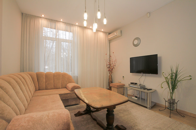 Center-Chisinau-Apartment-rent-for-couple (3 of 1).jpg