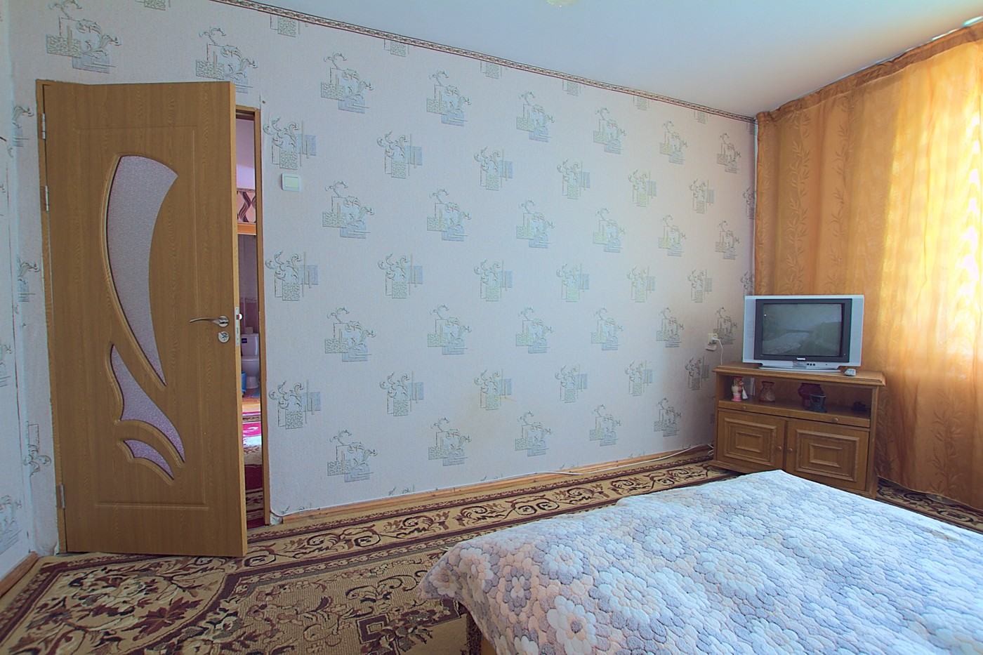 Cheap_rent_apartmet_Chisinau_Riscani_1.jpg
