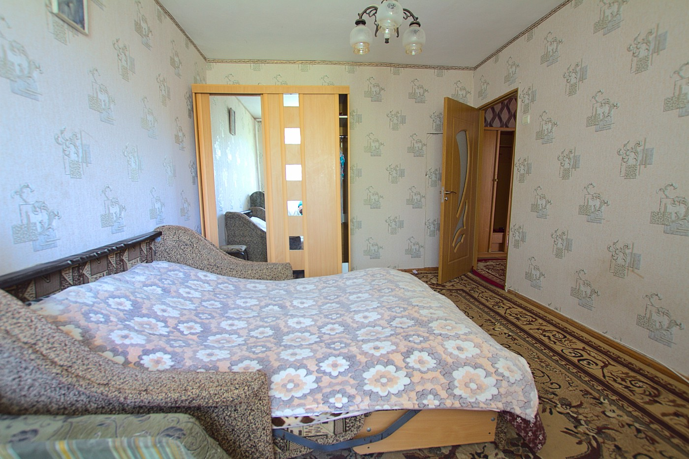 Cheap_rent_apartmet_Chisinau_Riscani_2.jpg